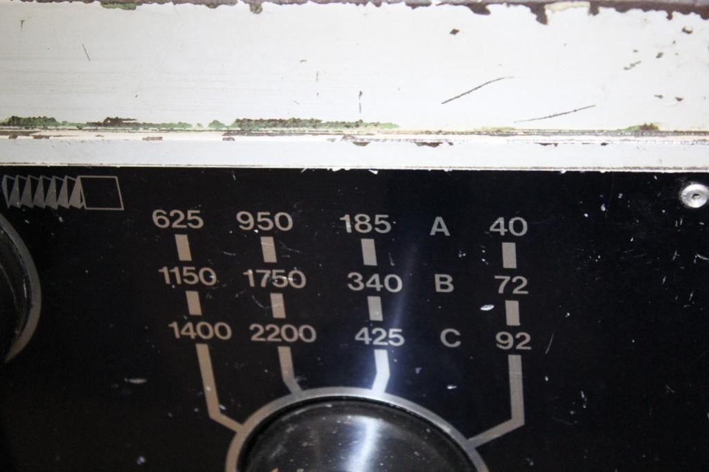 "Lot 4 - South Bend Lathe CS44 18"" x 64"" Gap Bed Engine Lathe"