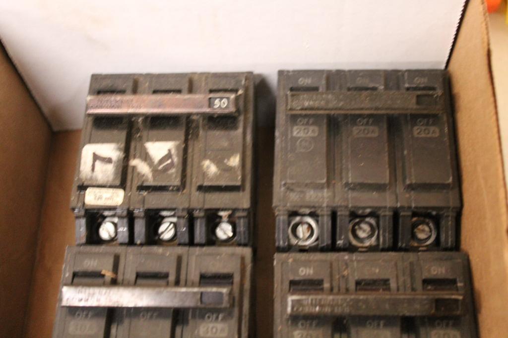 Lot 8 - Stab Lock 3-2 pole circuit breakers