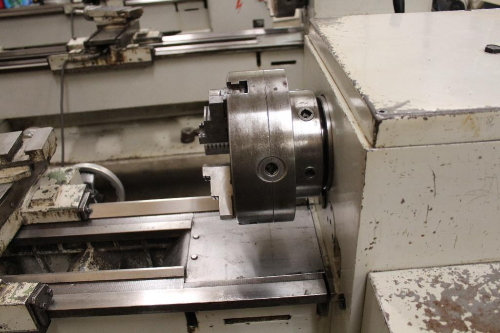 "Lot 5 - South Bend Lathe CS39 16"" x 46"" Gap Bed Engine Lathe"