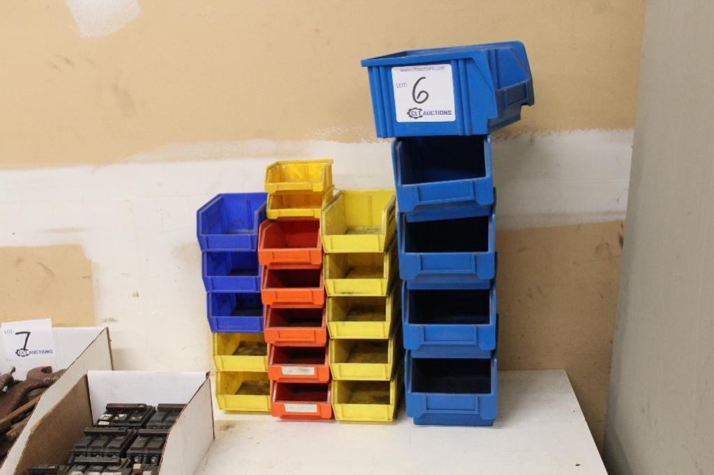 Lot 6 - Plastic bins