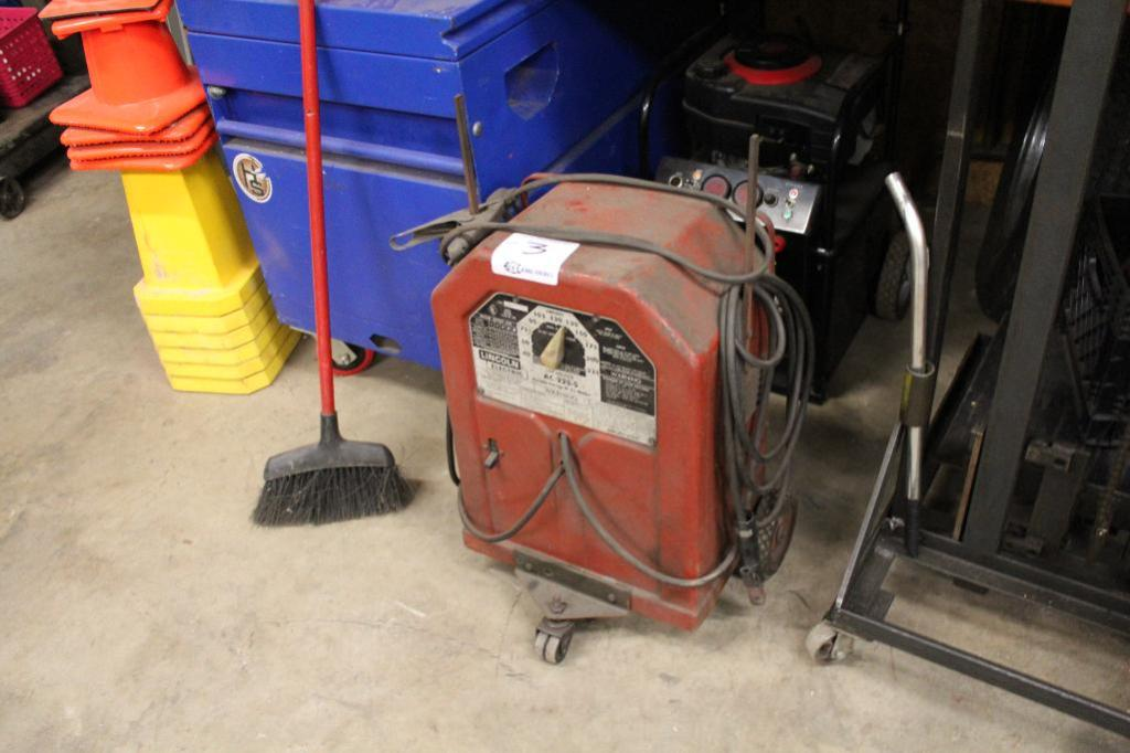 Lot 3 - Lincoln AC-225-S AC Arc welder