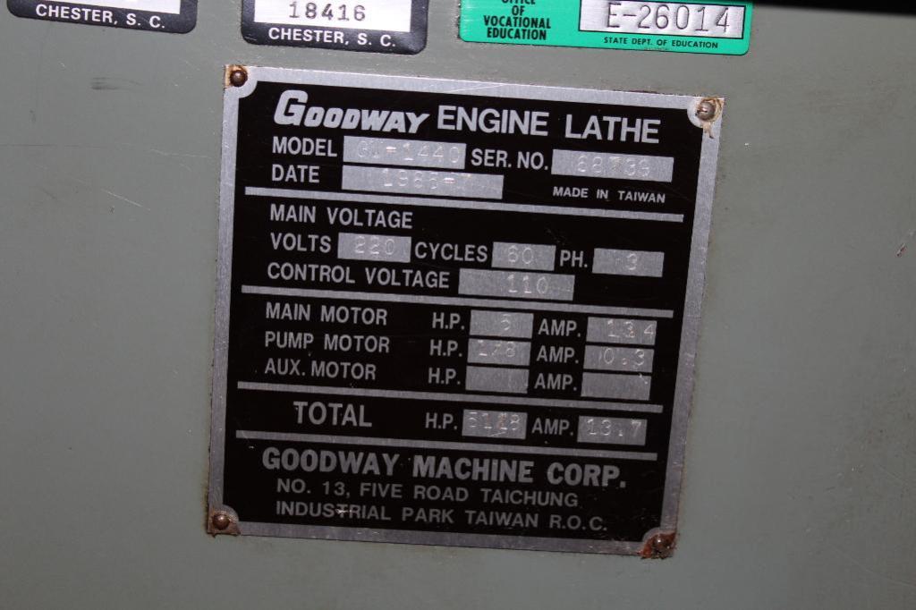 Lot 11 - Goodway GW-1440 Gap Bed Lathe