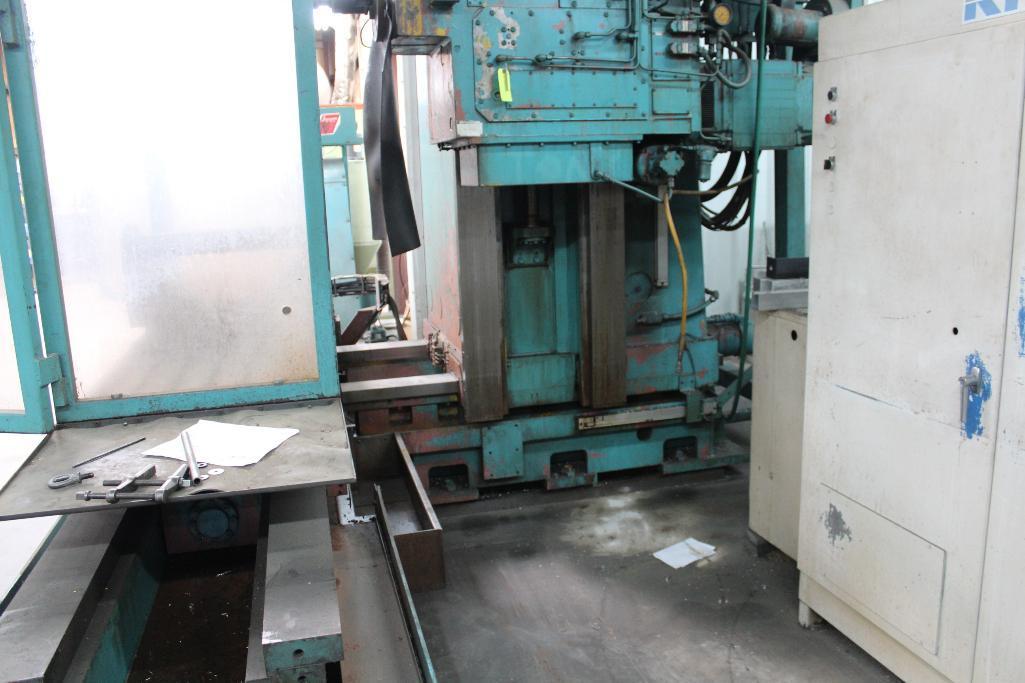 Lot 2 - Kerner & Trecker DATA-MILL 700BH CNC Horizontal Milling Machine