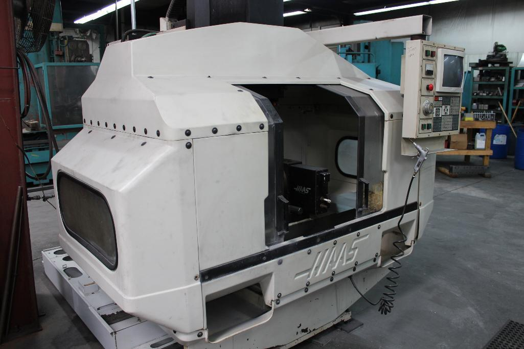 Lot 1 - HAAS VF-2 Vertical Machining Center 1993