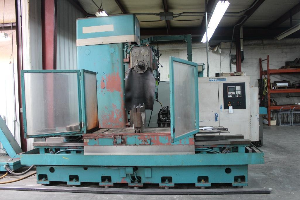 Lot 2 - Kerner & Trecker DATA-MILL 700BH CNC Horizontal Milling Machine