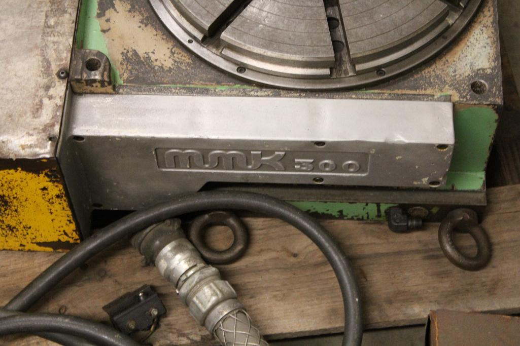 "Lot 62 - MMK 3000 12.5"" Rotary table 4th axis"