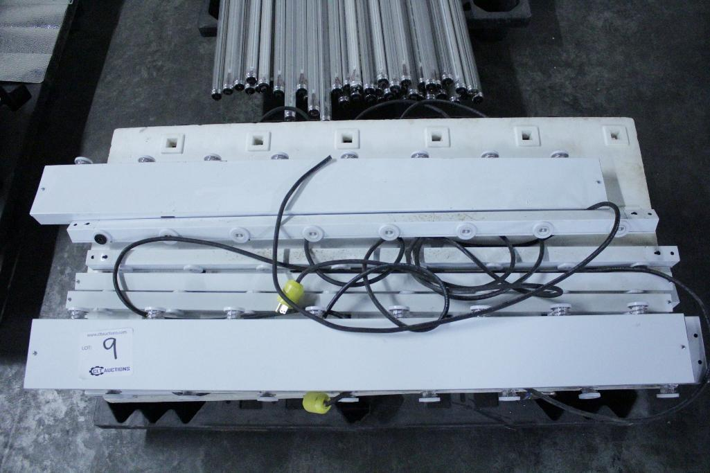 Lot 9 - Independence LED tube system w/ bulbs
