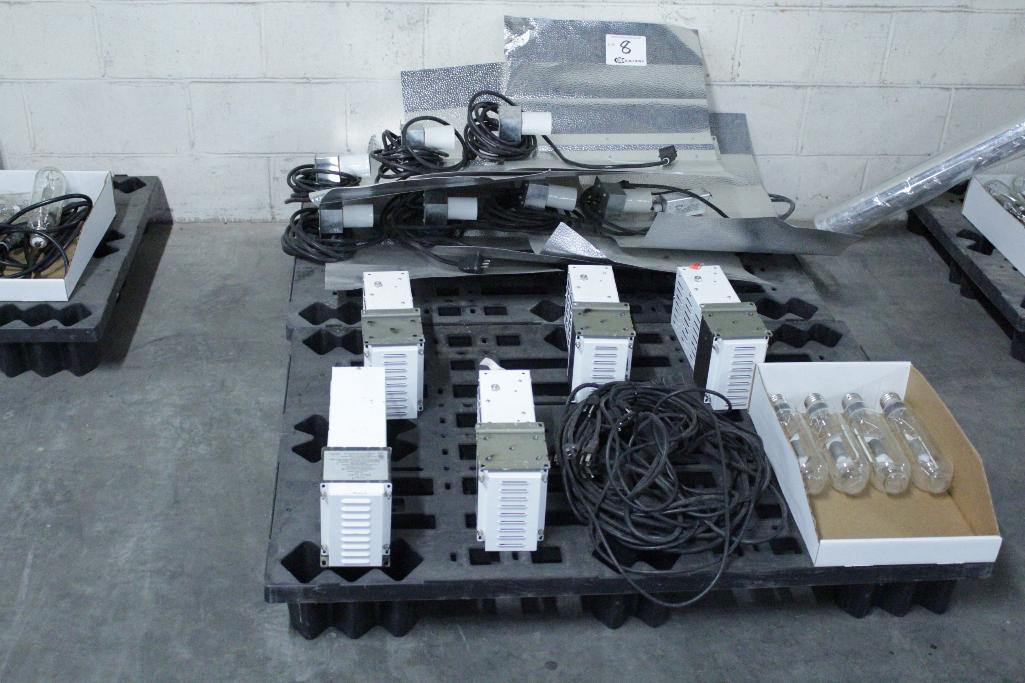 Lot 8 - Sun System ballast w/ reflectors & bulb SLS-CWA-HPS600A / 2T