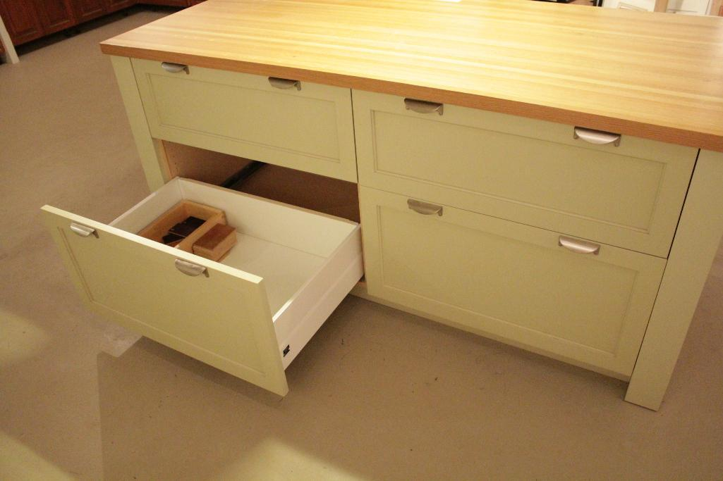 Lot 7 - Display Kitchen Island