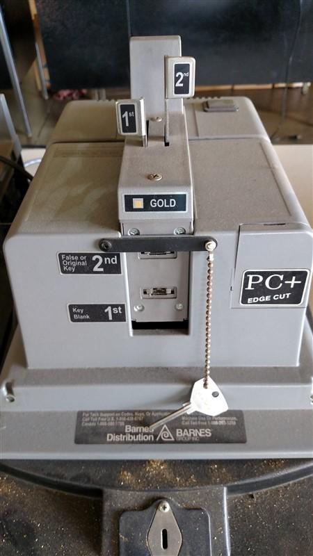 Lot 46 - Barnes PC+ Flash Key Machine
