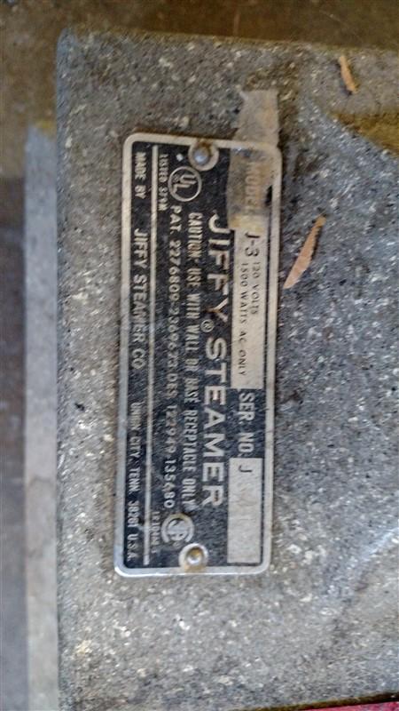 Lot 19 - Jiffy Steamer