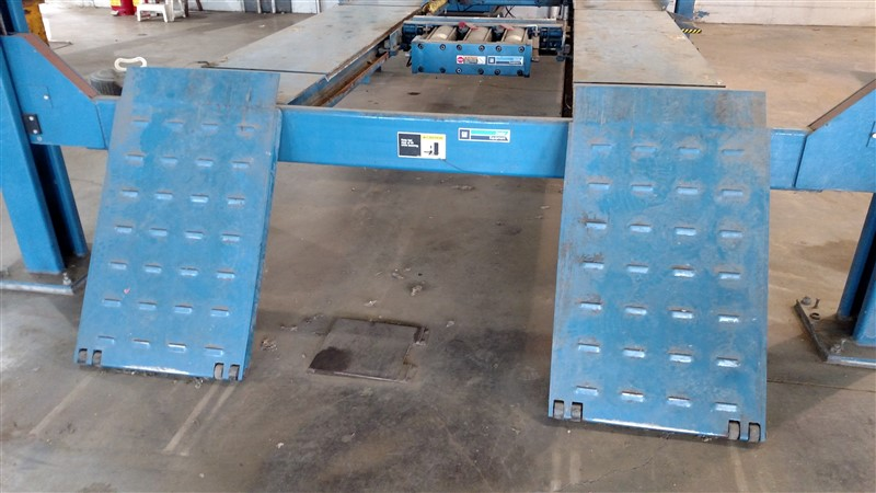 Lot 6 - Hunter L424-GM-16000 / 16,000 Lb. 4-Post Surface Alignment-Rack Lift s/n K06625
