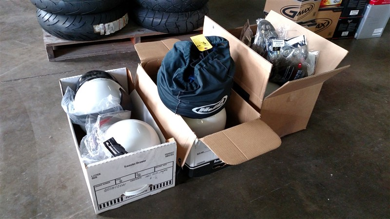 Lot 14 - (6) NEW Motorcycle Helmets (Assorted Sizes) plus Covers - VHDA: 7.25% Sales Tax charged - (6 x Bid)