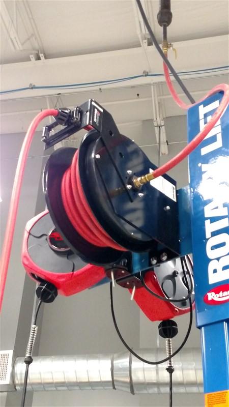 "Lot 25 - Balcrank 2120-015 Air Reel w/ Inlet Connecting Hose (3/8"" x 50') - (1 x Bid)"