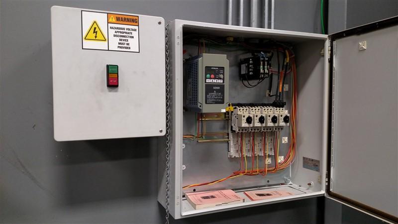 Lot 22 - Exhaust Fan Blower (Outside Mount) and Hitachi X200 Inverter (Control Box) w/ Push-Button Panel ...