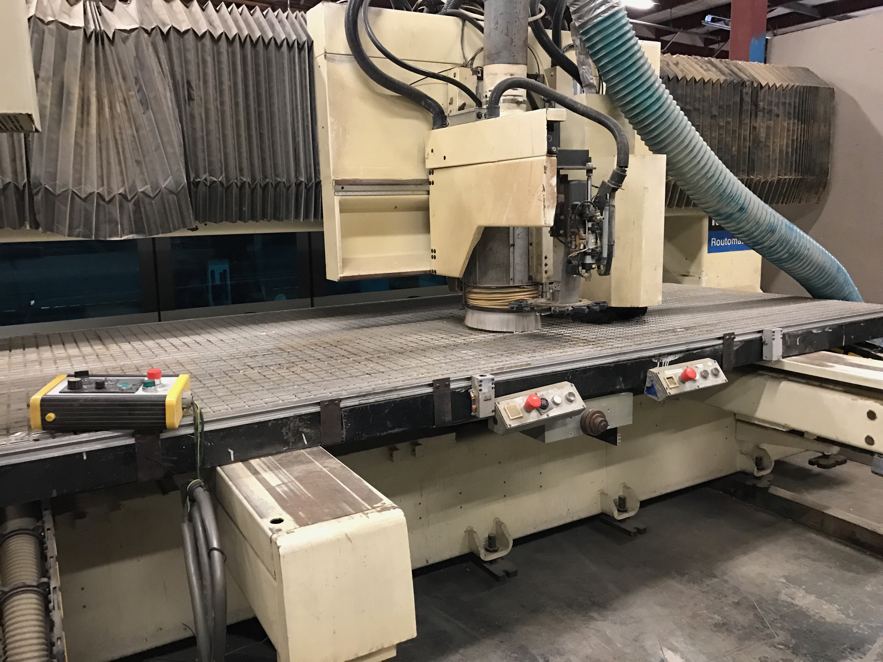 Lot 10 - SCM ROUTOMAT 5x10 CNC ROUTER W/ VACUUM PUMPS - upgraded to win 7 computer