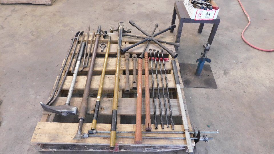 Lot 44 - Lot of Assorted Hand Tools for Tires Breakdown and Installation