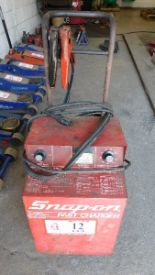 Lot 12 - Snap-On Battery Charger
