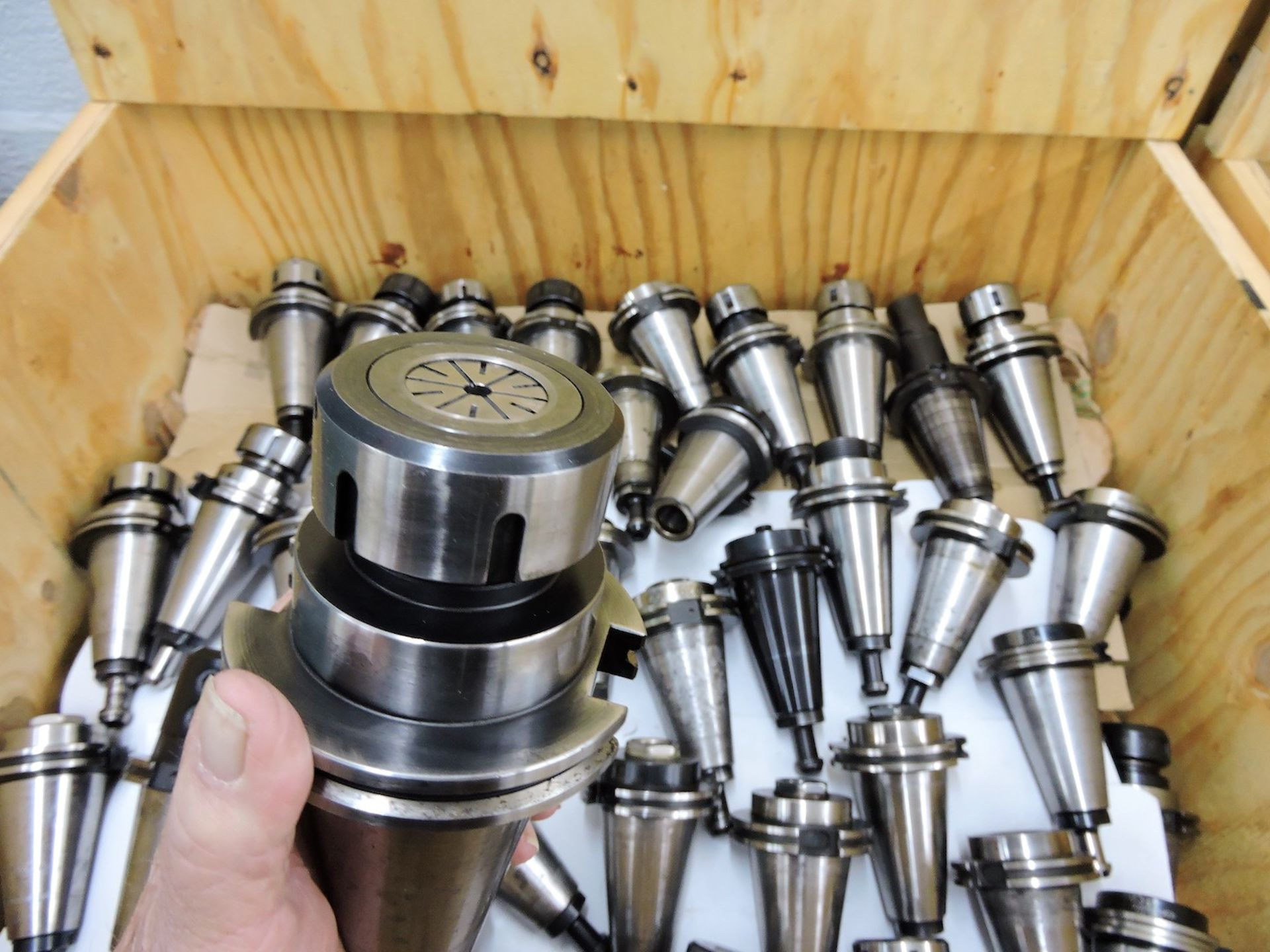 LOT: (10) ASSORTED SIZE & TYPE CAT 50 TOOL HOLDERS (LOCATION - DEERFIELD BEACH, FL) - Image 4 of 6