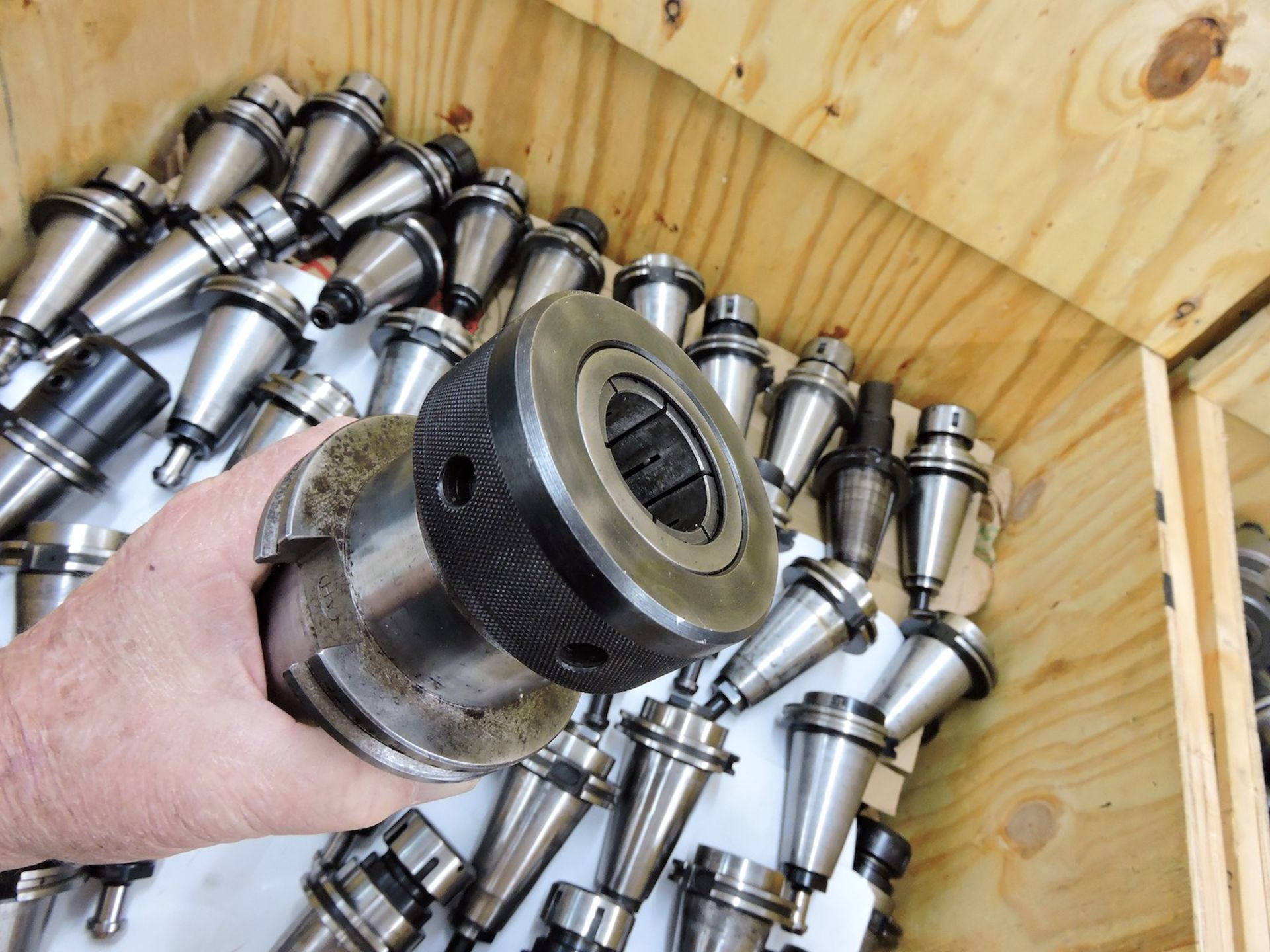 LOT: (10) ASSORTED SIZE & TYPE CAT 50 TOOL HOLDERS (LOCATION - DEERFIELD BEACH, FL) - Image 3 of 6