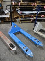 Lot 11 - 5500 lb. Hydraulic Pallet Jack, 48 in. Forks