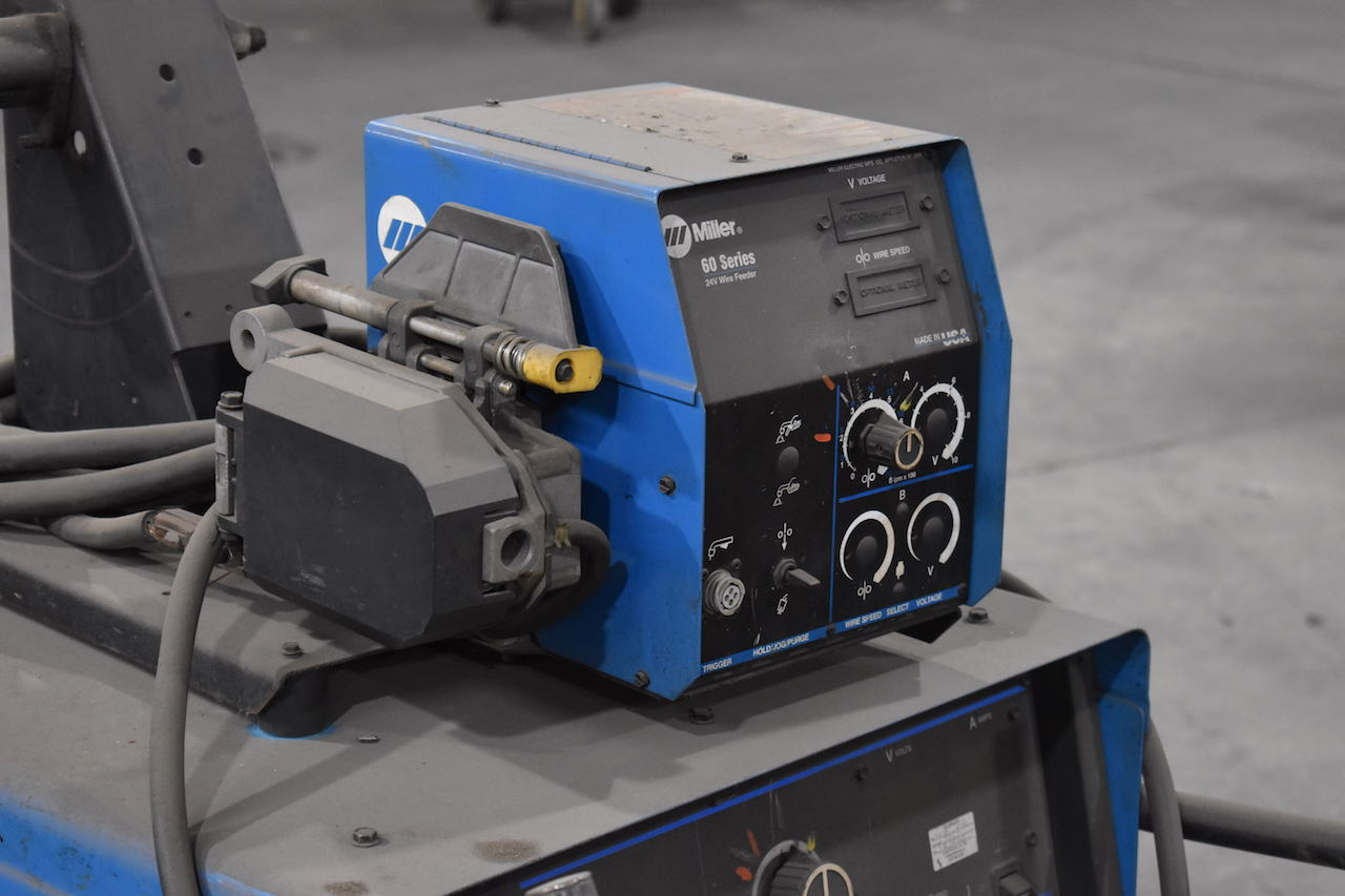 Lot 23A - Miller Deltaweld 302 CV-DC Welding Power Source, S/N KH480668, Miller 60 Series 24 Volt Wire Feeder