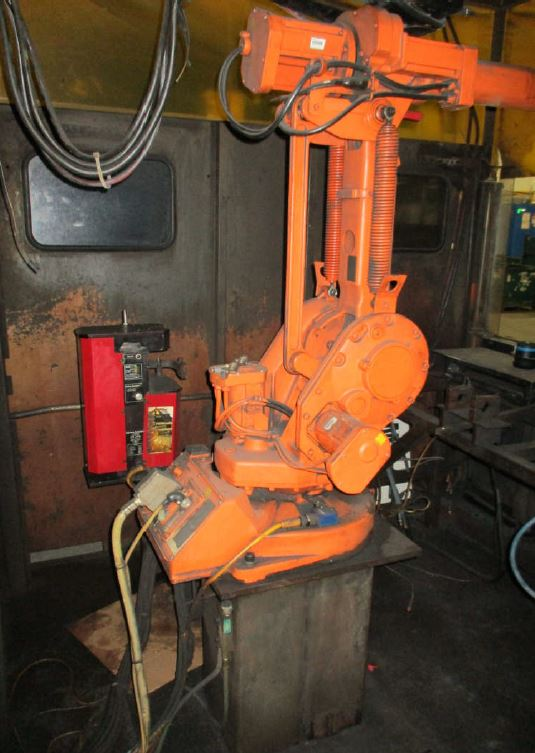 Lot 12 - ABB ROBOTIC WELDING CELL WITH ROBOT& LINCOLN POWER WAVE 455, AB CONTROLS WITH HMI, LOCATION MI