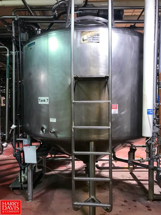 Lot 2 - Mueller 2,000 Gallon S/S Dome Top Cone Bottom Processor with Scrape Surface Agitator and Waukesha