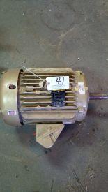 Lot 041 Image