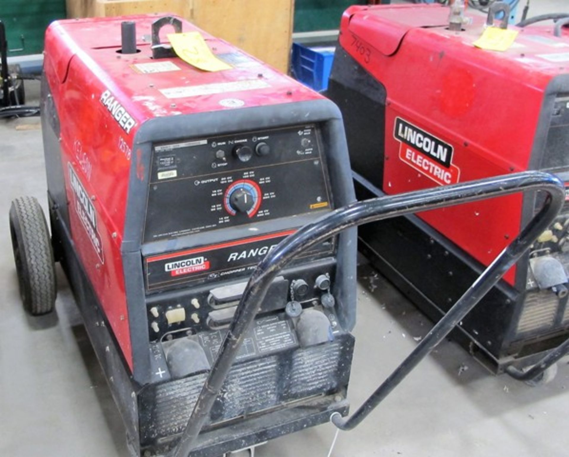 LINCOLN ELECTRIC, MOD 305L9, RANGER ARC WELDER, S/N U1110810992