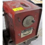 LINCOLN ELECTRIC IDEAL ARC WELDER, S/N 44319