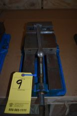 "Lot 9 - KURT 6"" MACHINE VISE"