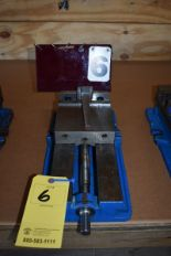 "Lot 6 - KURT 6"" MACHINE VISE"