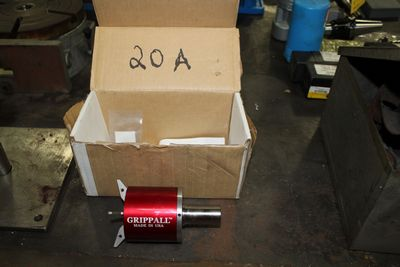 Lot 20A - GRIPPALL BAR EXTRACTOR (LOCATION 1: 1308 LE GILLILAND DR, TEXARKANA, AR 71854)