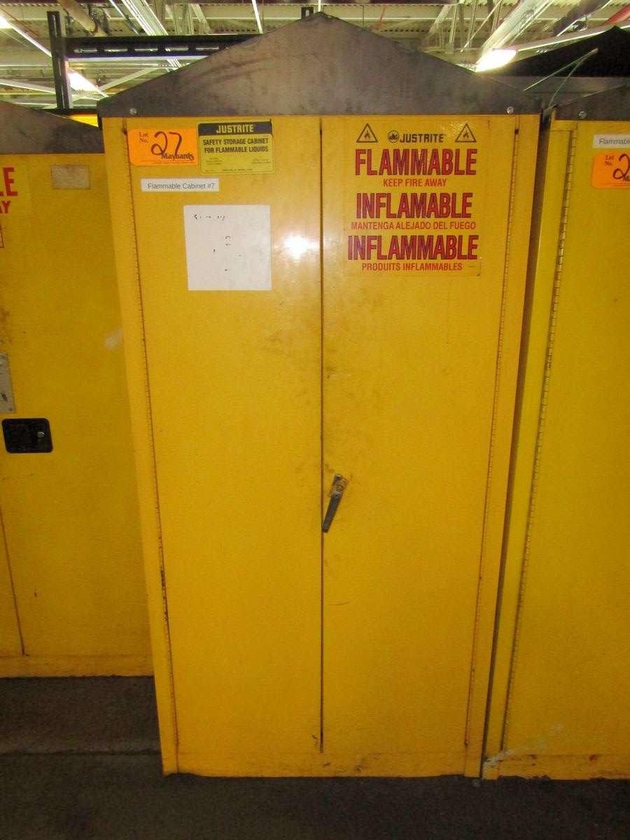 Lot 27 - Justrite 25700 Flammable Liquid Storage Cabinet