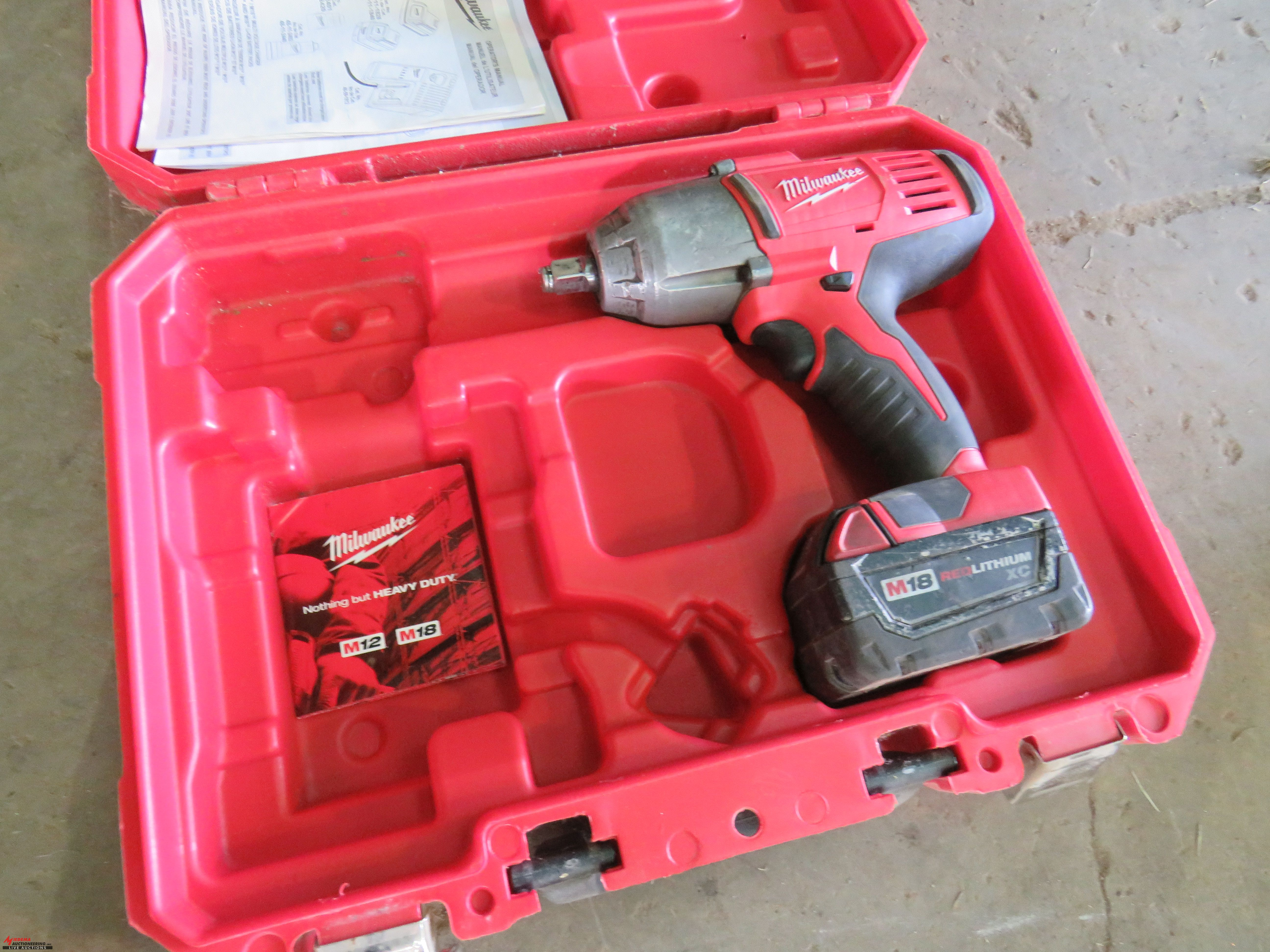 Lot 46 Milwaukee Cordless Impact 18v With Case Battery Charger