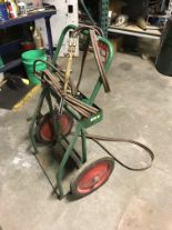 Lot 2 - ACETYLENE TORCH SET TO INCLUDE GAUGES, HOSE, TORCH HEAD AND CART [LOCATION: BUILDING 2]