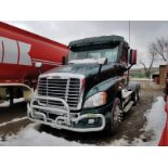 2016 FREIGHTLINER CASCADIA T/A TRUCK TRACTOR, DAY CAB, EATON 13-SPEED TRANSMISSION, PTO, CUMMINS