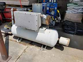 Lot 41 - 1992 COMPRESSOR; 200-PSI, 10-HP (UNKNOWN CONDITION)