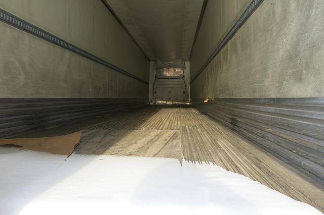 Lot 33 - UTILITY, 3000R, 53' REFRIGERATED VAN TRAILER, BARN DOORS, THERMO KING, SB-210, REEFER, 15,864 HOURS,
