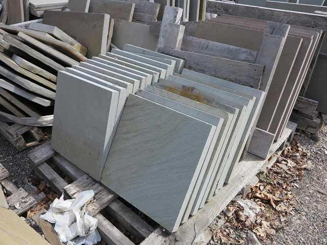 NO RESERVES! Masonry, Pavers, Granite, Retaining Walls, Fire Pits, Outdoor Pizza Ovens, Stone, Block