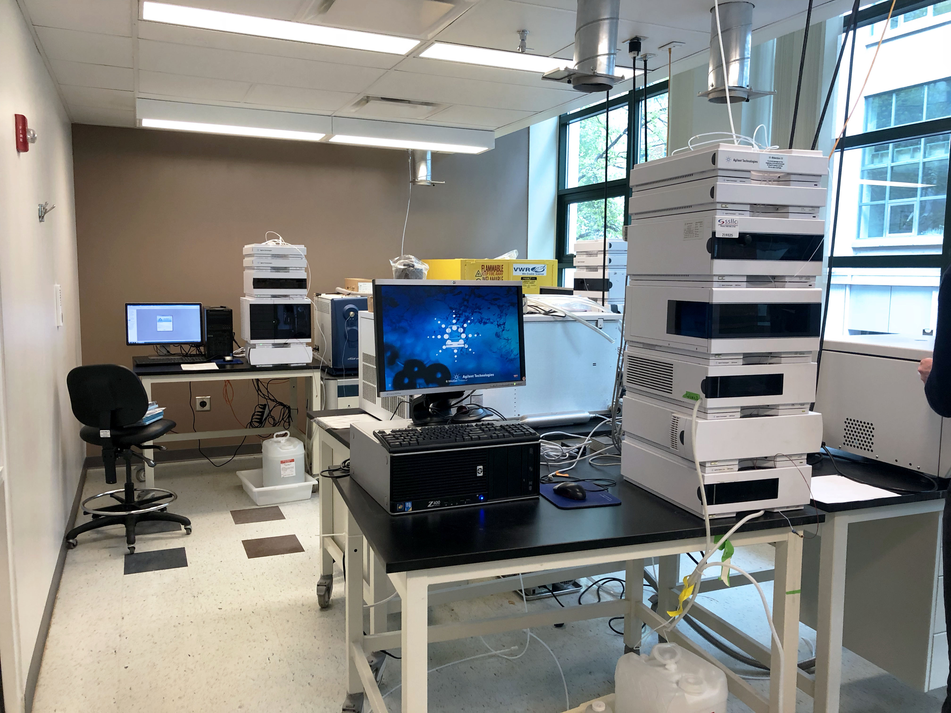 Late Model Lab and Analytical Equipment from Leading Cambridge Biotech!