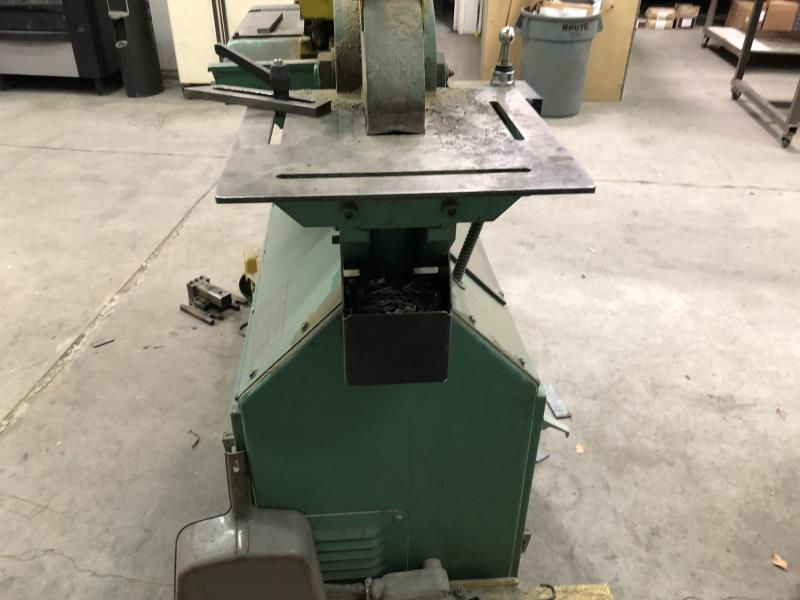 Lot 26 - Piranha Ironworker P50, SN: P5010896, with steel caster base