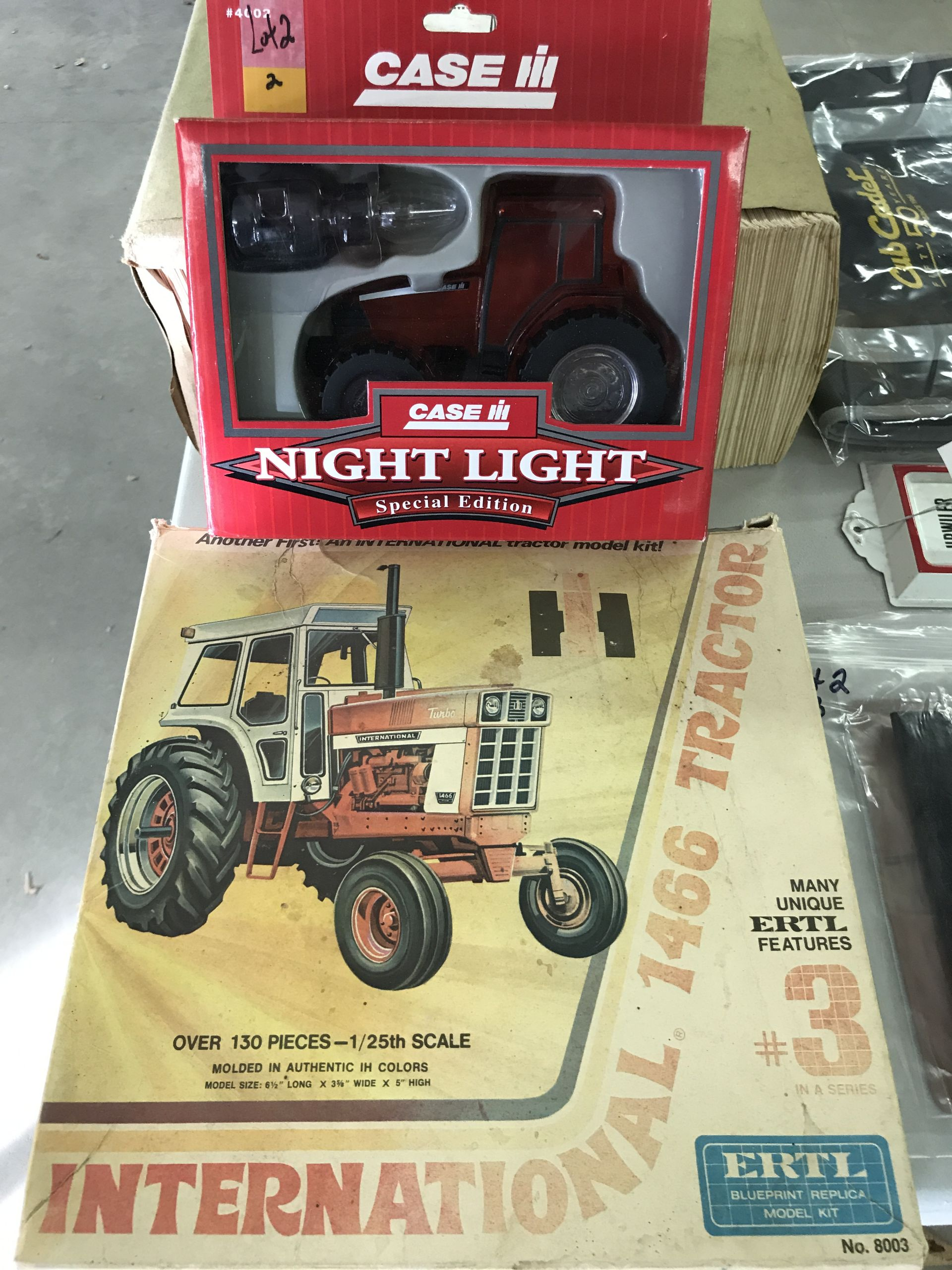 Lot 2 - Case I-H Night Light