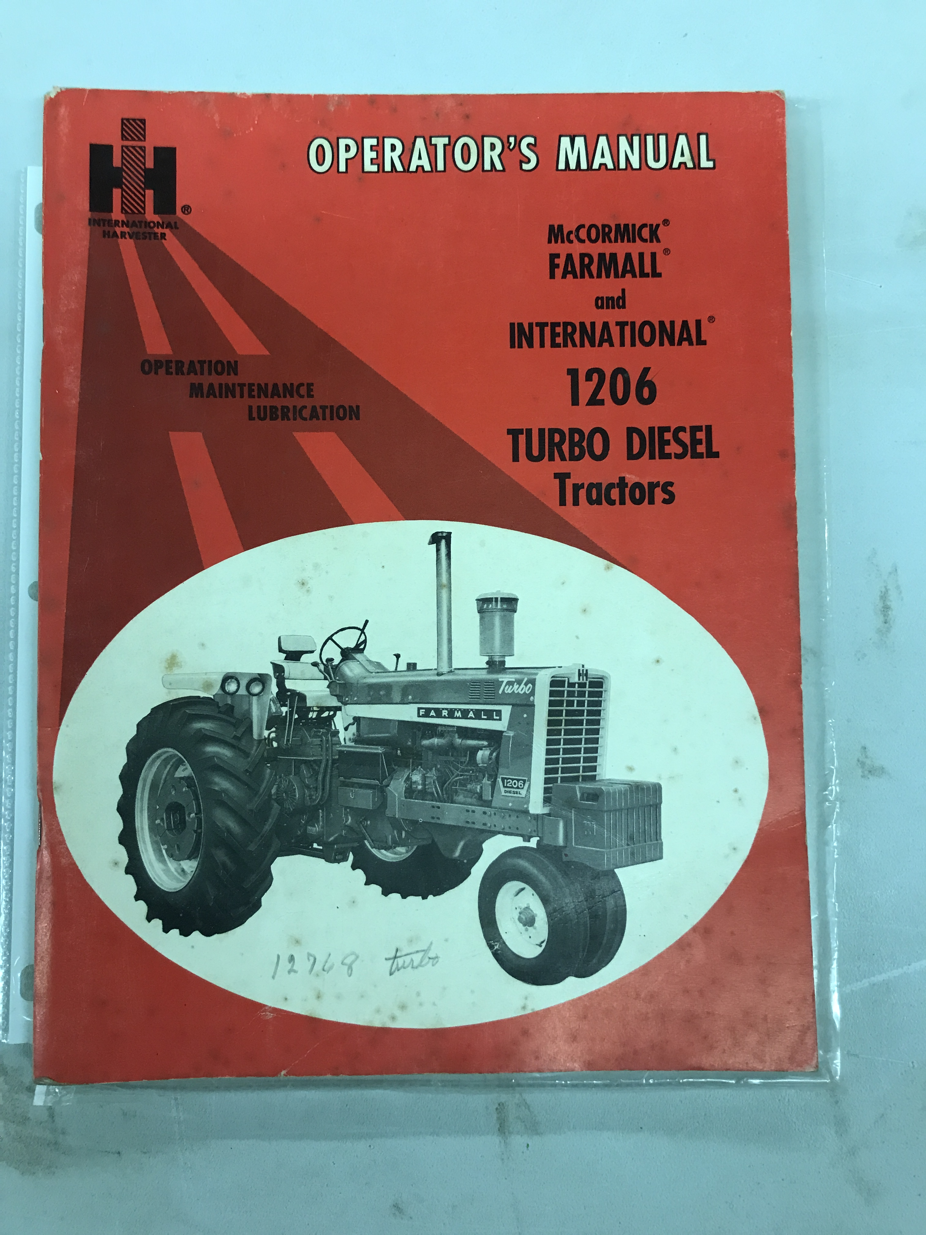 Lot 39 - 1206 Operators Manual