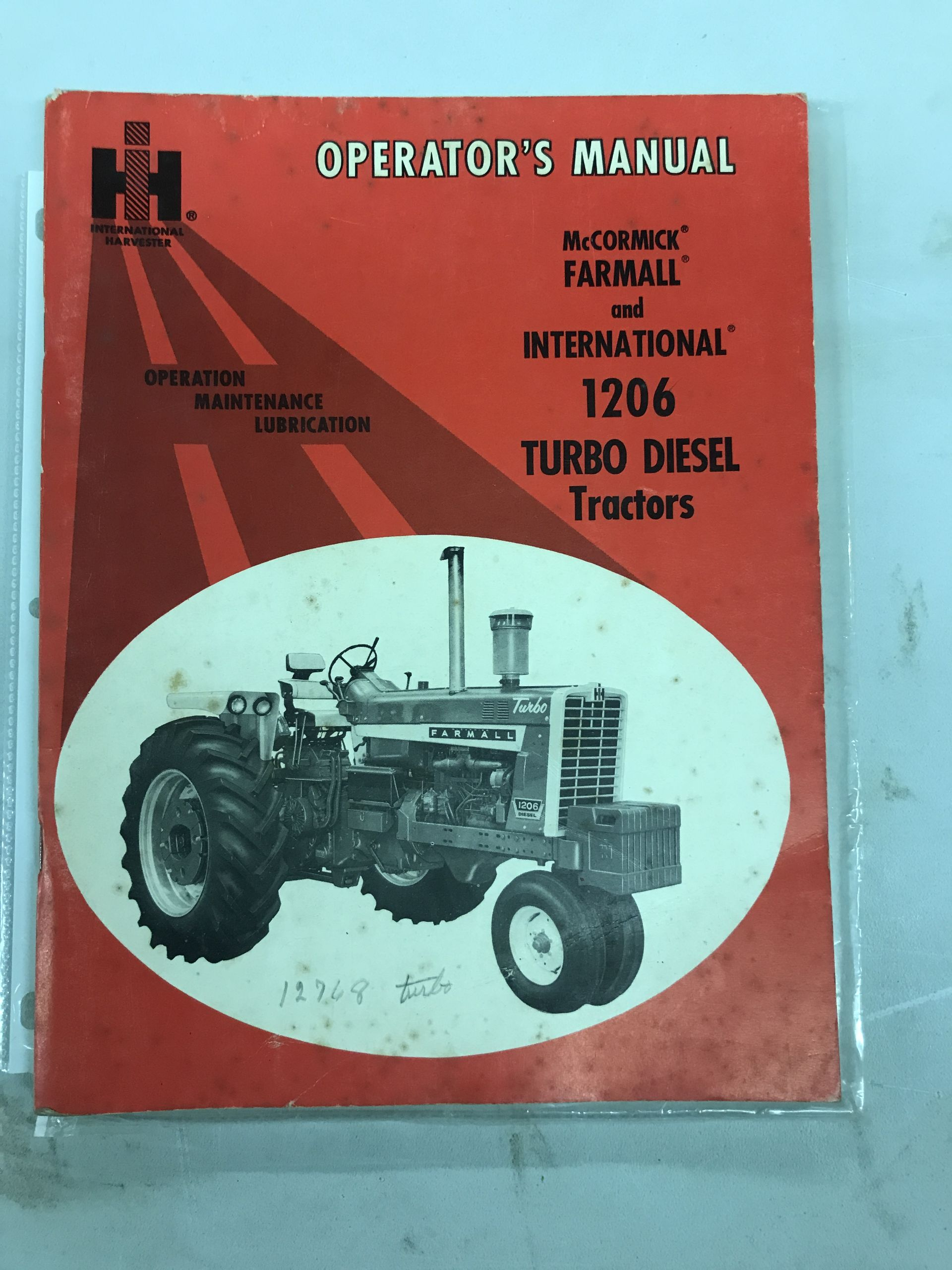 Lot 39 - 1206 Operators Manual