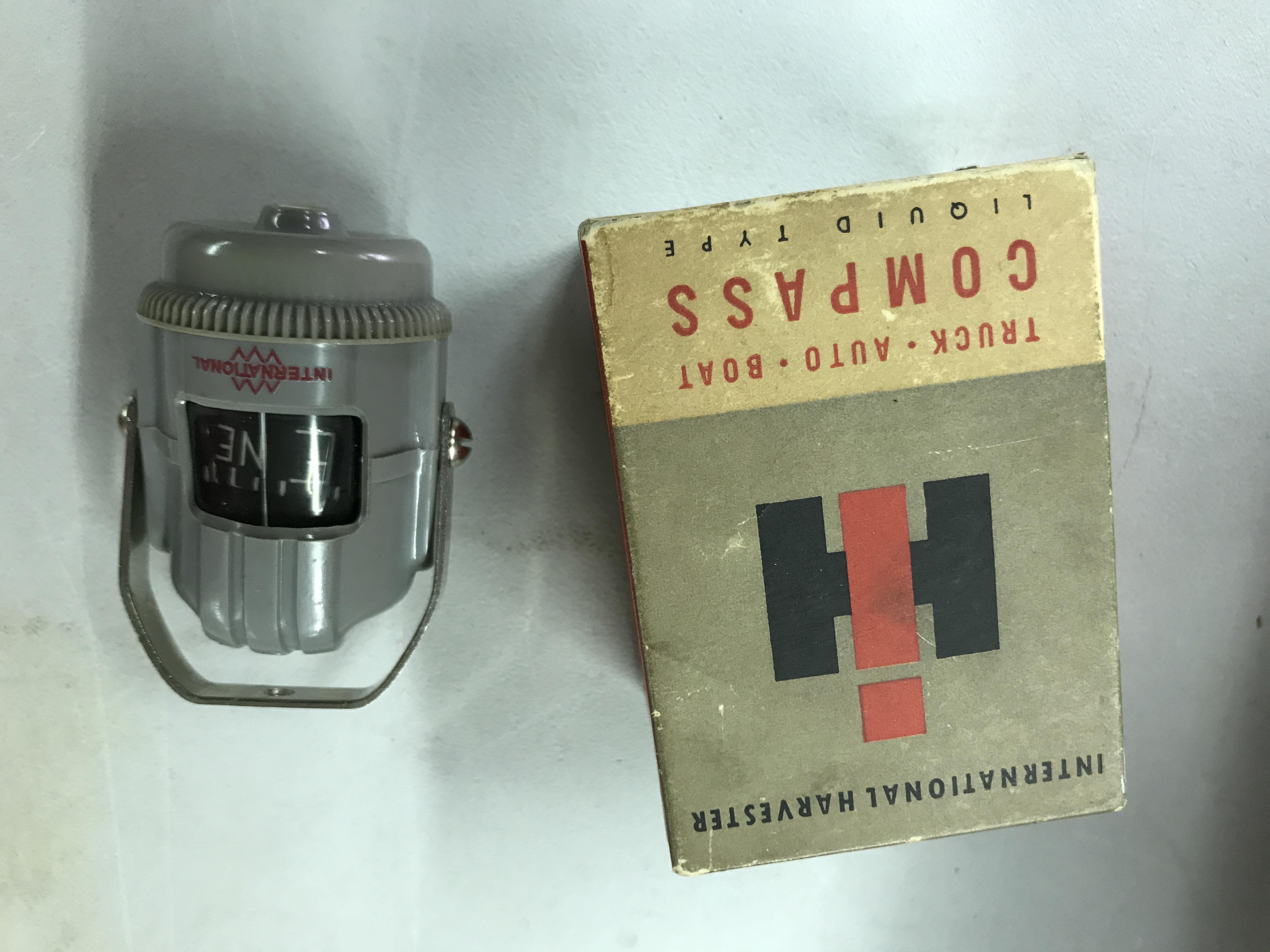 Lot 59 - IH Compass NIB