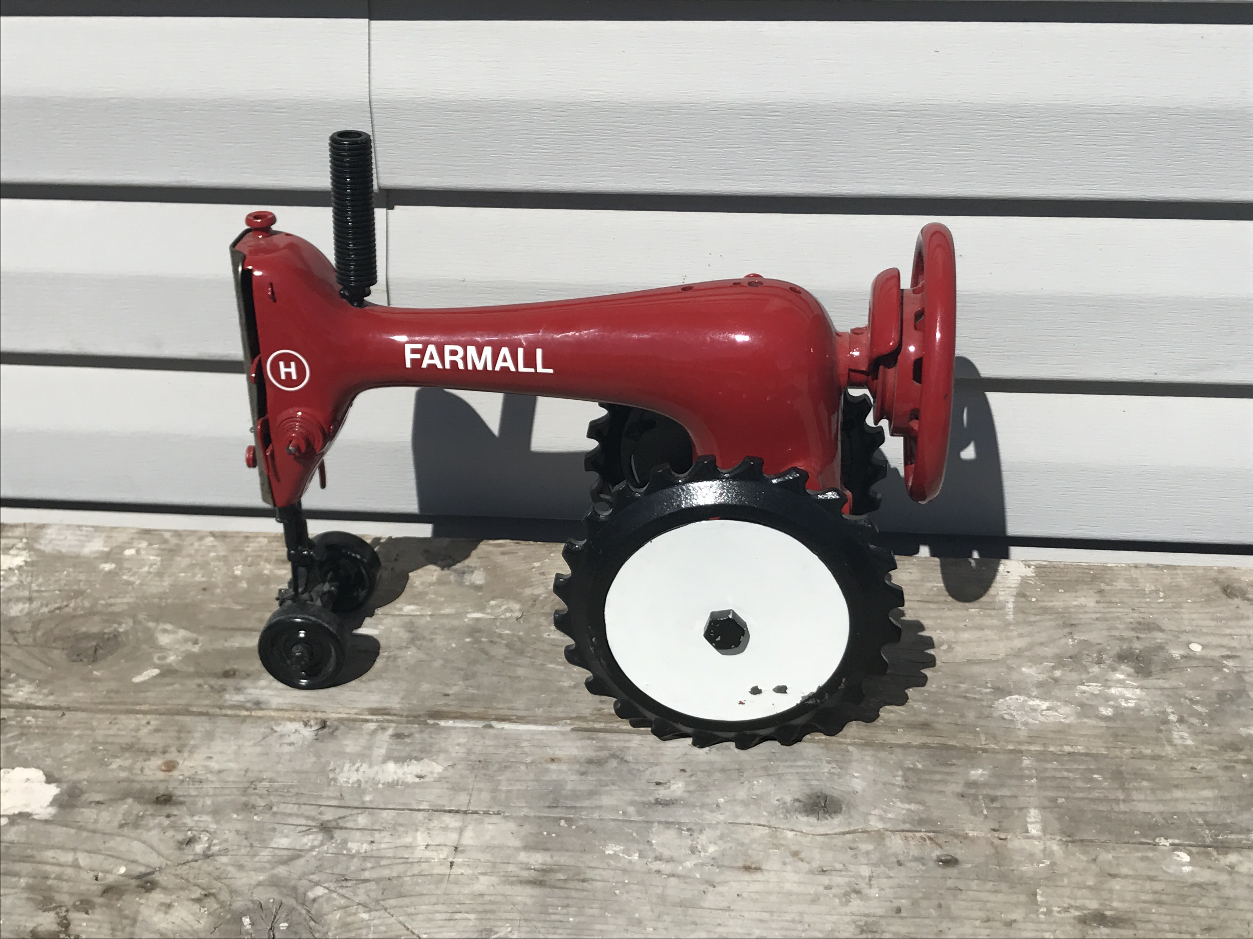 Lot 29 - Tractor Sewing Machine