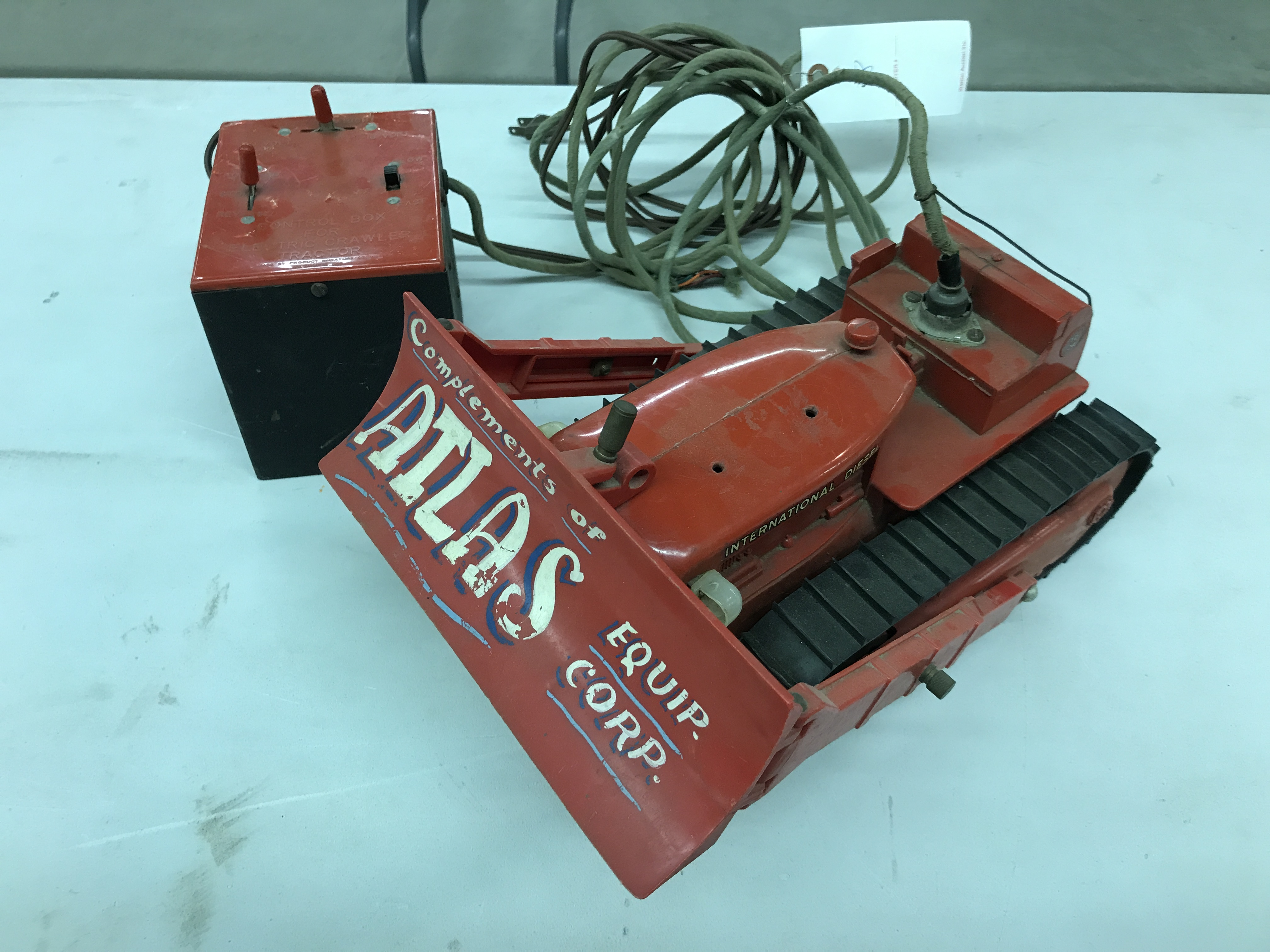 Lot 36 - Atlas Equip. TD24 Battery Operated Toy