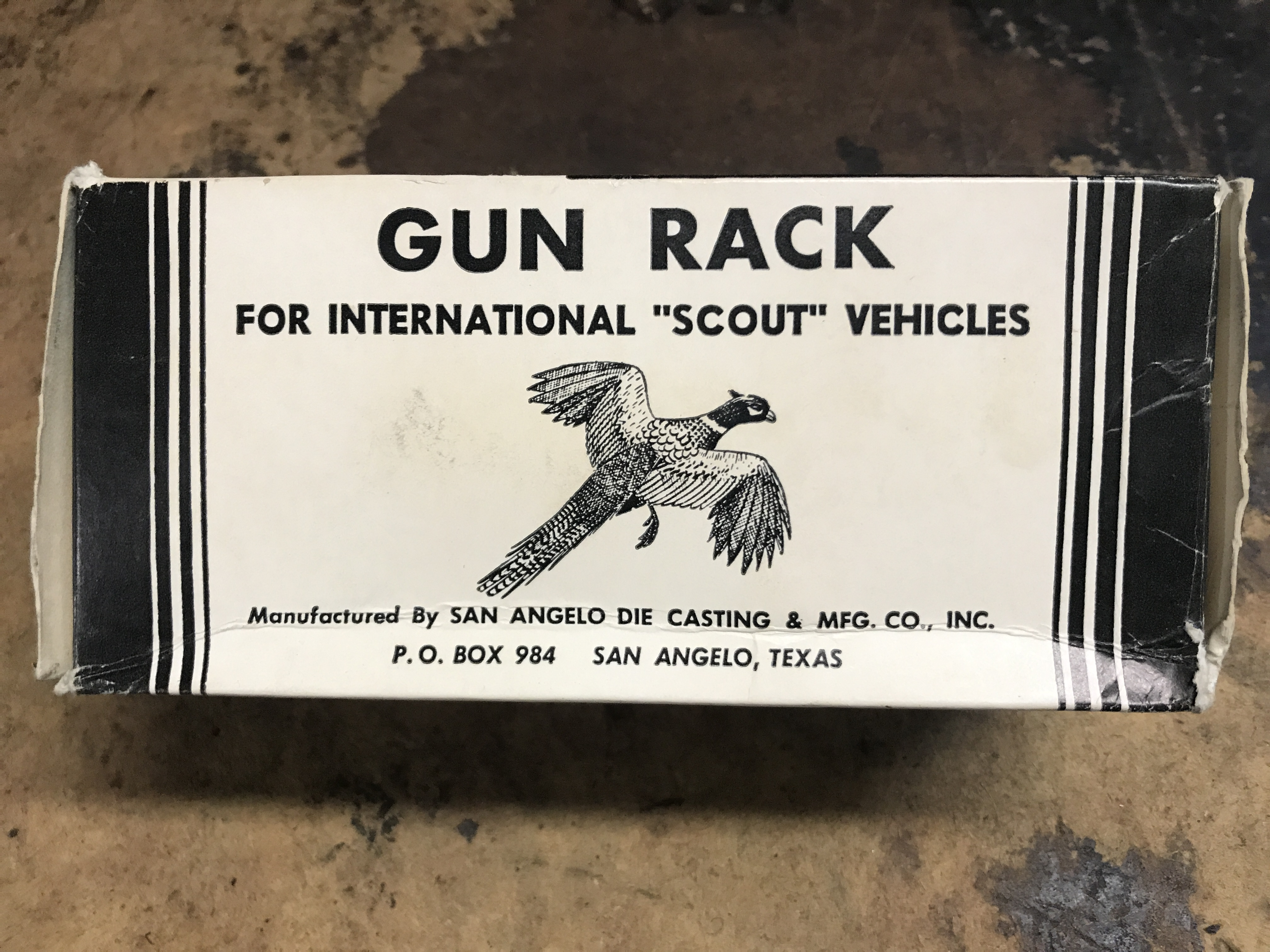 Lot 50 - I-H Scout #15 Gun Rack NIB